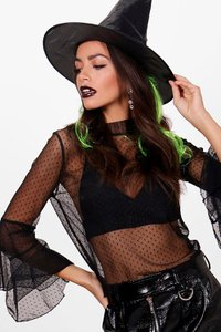 boohoo-witch-hat-with-hair-NpKEsLDEVj55V5GGWEnkobGcg-300