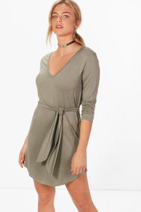 boohoo-freya-v-neck-tie-belt-shift-dress-mtkb5LzUvRckY5chpEwFBba4x-300