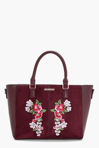 boohoo-holly-embroidery-winged-tote-92Mp2LszL3x715T5DEJ8MbtJD-300