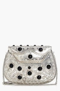 boohoo-molly-metal-beaded-box-clutch-5B73jLJFp6SBR5bxAEwz4bECN-300