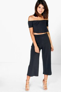 boohoo-lexi-off-the-shoulder-top-and-culotte-co-ord-set-NpKEsLDEAF55V5GQWEnkobGcg-300