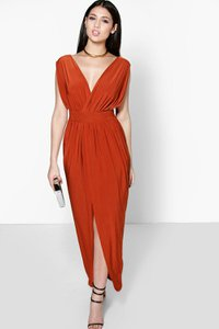 boohoo-blair-wrap-front-plunge-neck-maxi-dress-noX2DLYj341oZ5kbfEZ7tcuwV-300