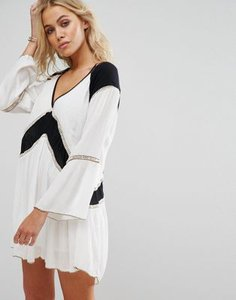 amuse-society-amuse-society-crinkle-colour-block-beach-dress-9FHq9FdJkTaS83vnJ1q-300