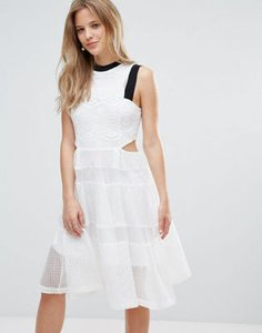amy-lynn-amy-lynn-cut-out-lace-dress-KMStiGoMy2LVTVTM9B2oG-300