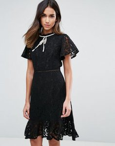 amy-lynn-amy-lynn-lace-short-sleeve-dress-with-contrast-trim-JqatbkRLX2V4pbt3Qkthx-300