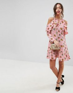 asos-design-asos-cold-shoulder-ruffle-tea-mini-dress-in-ditsy-floral-iVPNM7YJjSMSd39n2uQ-300