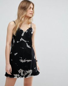 asos-asos-denim-slip-dress-in-washed-black-with-bleach-print-b69crxWJ5SYSP3ynkqY-300