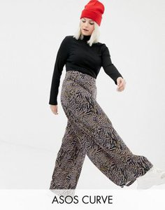 asos-curve-asos-design-curve-wide-leg-trouser-in-abstract-animal-V2YjeY6e92rZ7y2FJdZEk-300
