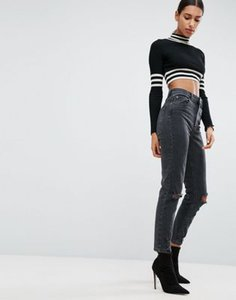 asos-design-asos-design-farleigh-high-waist-slim-mom-jeans-in-washed-black-with-busted-knees-fVHUKiSJ8SFS83UnXzF-300