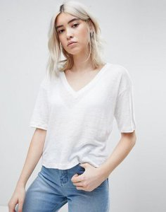 asos-design-asos-design-t-shirt-with-v-neck-in-linen-mix-in-white-hEP5HULHH25TrEhfGxRUB-300
