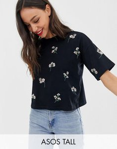 asos-tall-asos-design-tall-boxy-t-shirt-with-all-over-ditsy-embroidery-3oc342KzX27a8DpZBs3Tu-300