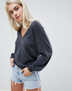 asos-design-asos-design-v-neck-jumper-with-balloon-sleeve-MiSNm35vp2LVSVVdPBViQ-300