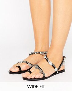 asos-asos-finland-wide-fit-leather-coin-flat-sandals-EUKub4xJxSgSd32nw1r-300
