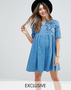 asos-maternity-asos-maternity-denim-smock-dress-in-midwash-blue-with-embroidery-vVVRLqtyg2bXpjFiiQuDS-300