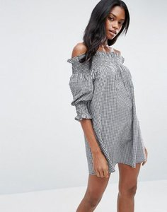 asos-asos-off-shoulder-beach-dress-in-gingham-print-jLo9cQLJWRXSt3znQZY-300