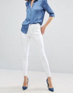 asos-asos-sculpt-me-premium-jeans-in-optic-white-ZNsZ5TvJzSESd3snWAL-300