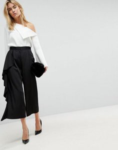 asos-design-asos-tailored-culotte-with-frill-side-5oUG6tZBG2y1L7PBHHWVV-300