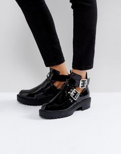 boohoo-boohoo-black-patent-boot-with-buckle-detail-VkasriUcm2V4LbvK3ktwd-300