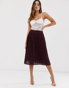 boohoo-boohoo-exclusive-pleated-midi-skirt-in-burgundy-tcYVSTDrs2rZYy2XSdB3E-300