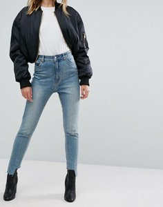 cheap-monday-cheap-monday-high-rise-mom-jean-with-stepped-hem-C6Po4cW8F25T8EiGwxzGh-300