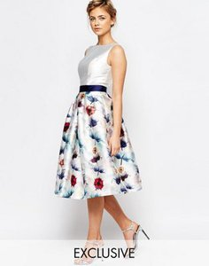 chi-chi-london-chi-chi-london-full-prom-skater-dress-in-floral-print-YHtSVL5JFR7St39n8pq-300