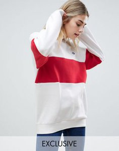 converse-converse-cons-skate-sweatshirt-in-white-and-red-68VgL4Fot2bXHjE3XQsBL-300