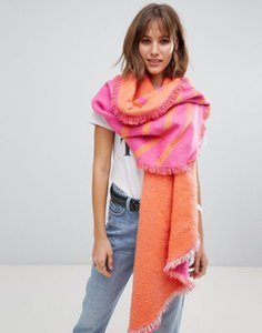 esprit-esprit-double-sided-scarf-in-pink-7PScy8xE72LVKVVV4Bst2-300