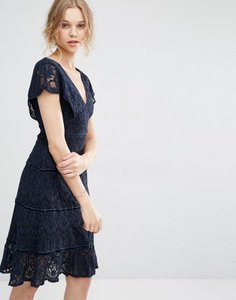 foxiedox-foxiedox-lace-deep-v-midi-dress-rRzDSrVJgS5Sd3Dnmt9-300
