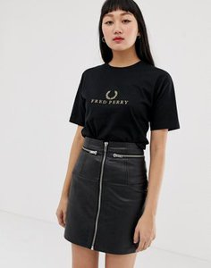 fred-perry-fred-perry-gold-wreath-logo-t-shirt-hPQDTzDLG2hyRscBS4WyA-300