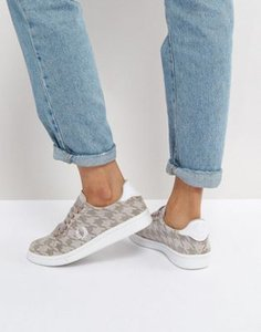 fred-perry-fred-perry-houndstooth-trainer-in-perforated-suede-Z9SNQCZ3b2LVEVUWPBrS6-300