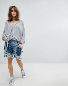 free-people-free-people-heart-breaker-patched-and-embroidered-shorts-M6XL4JrV52E3oM8onXcHD-300