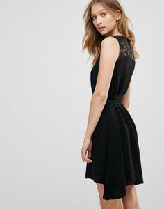french-connection-french-connection-hennesy-lace-insert-a-line-dress-K2coV5vqz27awDn9Ss1z1-300