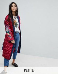 glamorous-petite-glamorous-petite-premium-wrap-jacket-in-quilted-satin-with-floral-embroidery-wLQiUKU2c2hyAsbxh4e59-300