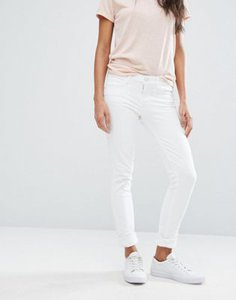 levis-line-8-levis-line-8-mid-rise-skinny-jeans-9jQjQDxkR2hywsaUp444S-300