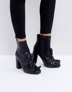 lost-ink-lost-ink-black-bow-heeled-ankle-boots-6yMfjYf3f2SwacqQYq1X7-300