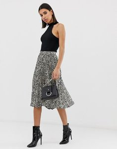 missguided-missguided-pleated-midi-skirt-in-spot-print-feYFmkozS2rZGy146dKMe-300