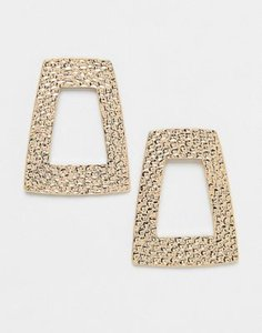 monki-monki-oversized-hammered-earrings-in-gold-M5XpWa8ro2E3CM9DUXxgU-300