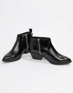 monki-monki-western-ankle-boot-in-black-zBcnsvRiC27a6DoHdsfGE-300