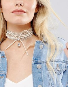 new-look-new-look-metallic-lace-and-bow-choker-3oMQYTnFK2SwqcqftqdLt-300