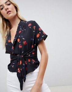 nobodys-child-nobodys-child-tie-front-blouse-in-floral-6SVwqt7DC2bXPjEpGQJd2-300