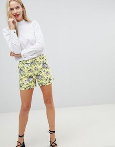 oasis-oasis-ditsy-tailored-shorts-with-d-ring-belt-in-floral-print-weMvFAVoj2SwWcoCgqVzE-300