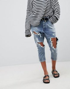 one-teaspoon-one-teaspoon-kingpins-cropped-boyfriend-jean-with-extreme-distressing-jgaehQYAH2V4abtdakZmY-300