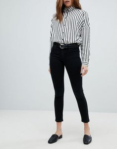 only-only-push-up-skinny-jean-in-black-XiYVNMh6d2rZQy1g7db22-300