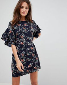 parisian-parisian-floral-shift-dress-with-flare-sleeve-aMXpv599j2E3PM9TYXrAn-300