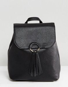 pieces-pieces-backpack-with-tassle-detail-3xYEfsLrV2rZQy2q5dgLP-300