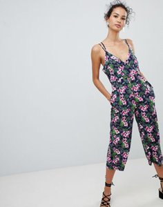 qed-london-qed-london-cross-back-jumpsuit-in-floral-print-ALadF8bXZ2V4rbvoUkdGP-300
