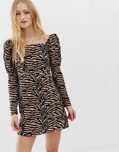 reclaimed-vintage-reclaimed-vintage-inspired-mini-dress-with-shoulder-puff-in-tiger-print-14VgRAm662bXjjFY1QTB3-300