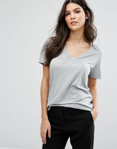 reiss-reiss-willa-v-neck-t-shirt-hFMbAYbJQTFS83JnLEB-300