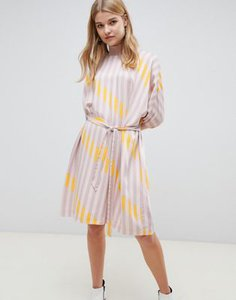 selected-selected-femme-stripe-printed-shift-dress-tJStKmn362LVvVTwKB9Kb-300