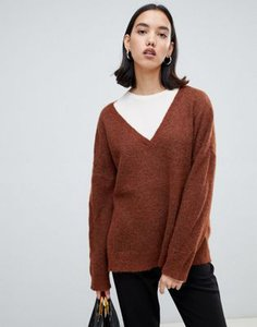 selected-selected-femme-v-neck-jumper-j3YUv4kRy2rZGy3oXdeXN-300
